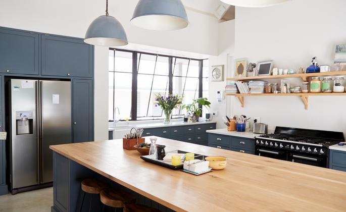 cozinha ampla de espaço otimizado - CIMA